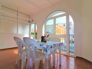 Apartamento 10 linea ade playa en Roses en alquiler-PC TRAMUNT
