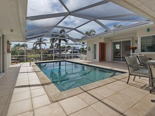 Stunning 3 bed waterfront villa with heated pool and jacuzzi