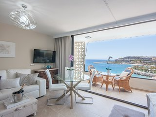 Wake up to Gorgeous Ocean Views from this Chic Apartment