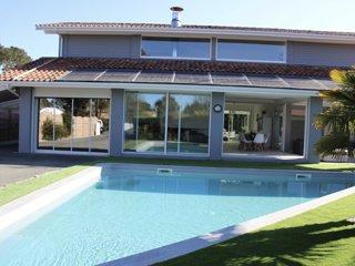 Maison de vacance villa avec piscine et spa
