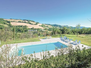 4 bedroom Apartment in Casino Noci, The Marches, Italy : ref 5547809