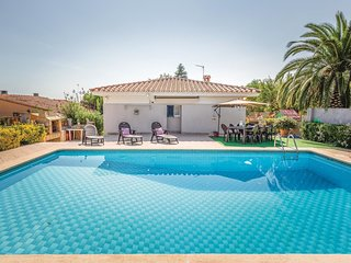 4 bedroom Villa in les Borges del Camp, Catalonia, Spain : ref 5538833
