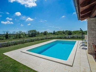 3 bedroom Villa in Kirmenjak, Istria, Croatia : ref 5636173