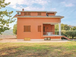 4 bedroom Villa in Monte San Martino, The Marches, Italy : ref 5571476