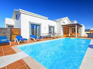 3 bedroom Villa in Playa Blanca, Canary Islands, Spain : ref 5503092