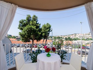 Rooms Jelka - Standard Double Room with Shared Bathroom