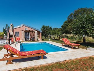 2 bedroom Villa in Valtura, Istria, Croatia : ref 5520404