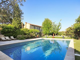 5 bedroom Villa in Avignon, Provence-Alpes-Cote d'Azur, France : ref 5636065