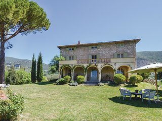 5 bedroom Villa in San Valentino, Latium, Italy - 5523379