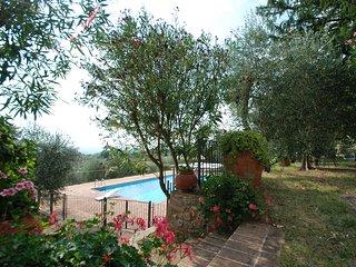 2 bedroom Apartment in San Casciano dei Bagni, Tuscany, Italy : ref 5247785
