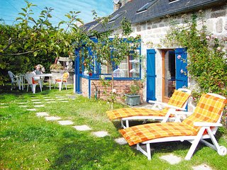 1 bedroom Villa in Tregunc, Brittany, France : ref 5438416