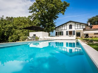 7 bedroom Villa in Arbonne, Nouvelle-Aquitaine, France : ref 5252061