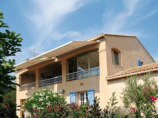 2 bedroom Apartment in Les Issambres, Provence-Alpes-Côte d'Azur, France : ref 5