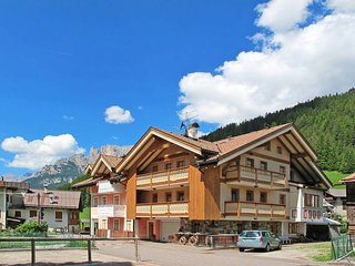 2 bedroom Apartment in Fontanazzo, Trentino-Alto Adige, Italy : ref 5437556