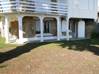 2 bedroom Apartment in Carnac-Plage, Brittany, France : ref 5560421
