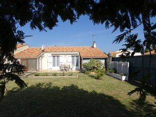 2 bedroom Apartment in Saint-Pierre-d'Oleron, Nouvelle-Aquitaine, France : ref 5