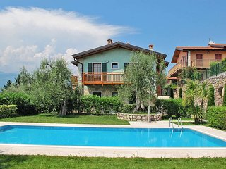 2 bedroom Apartment in Azzenza, Veneto, Italy : ref 5438592