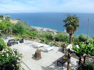 1 bedroom Apartment in Finale Ligure, Liguria, Italy : ref 5443969