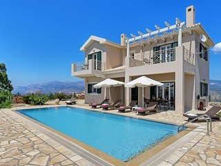 3 bedroom Villa in Lassi, Ionian Islands, Greece : ref 5334422