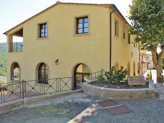 3 bedroom Apartment in Pomarance, Tuscany, Italy : ref 5446484