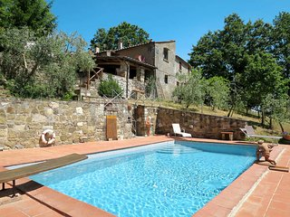 2 bedroom Villa in Le Fornaci, Tuscany, Italy - 5447032