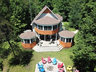 4 season- Big Rideau Vacation Home - Vacation Rental Listing Details