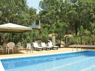 5 bedroom Villa in Santa Maria de Trassierra, Andalusia, Spain : ref 5523155