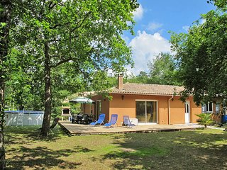 3 bedroom Villa in Saint-Isidore, Nouvelle-Aquitaine, France : ref 5435006
