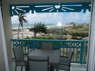Orient Bay Beach Studio, Full Ocean View, Balcony, Kitchen