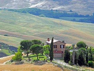 3 bedroom Villa in Sant'Ambrogio, Tuscany, Italy - 5247822
