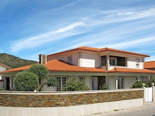 4 bedroom Villa in Mar, Braga, Portugal : ref 5442468