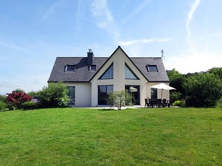 3 bedroom Villa in Telgruc-sur-Mer, Brittany, France : ref 5438427