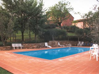 2 bedroom Apartment in Camaioni, Tuscany, Italy - 5247590