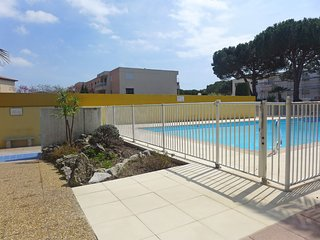 1 bedroom Apartment in Fréjus, Provence-Alpes-Côte d'Azur, France : ref 5519869