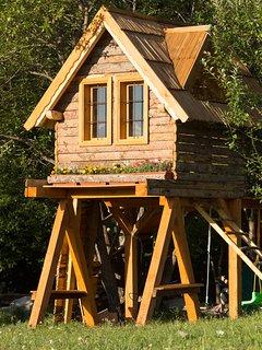 Treehouse Bosnia - Mountain Wood Apartments Sarajevo