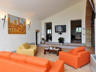 7 bedroom Villa in San Gimignano, Tuscany, Italy - 5636049