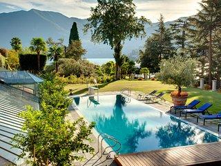 14 bedroom Villa in Cernobbio, Lombardy, Italy : ref 5248334