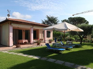 2 bedroom Villa in Diano Castello, Liguria, Italy : ref 5443913