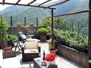3 bedroom Villa in Cerreta Sant'Antonio, Tuscany, Italy : ref 5447781
