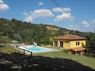 3 bedroom Villa in San Cassiano, Tuscany, Italy : ref 5240104