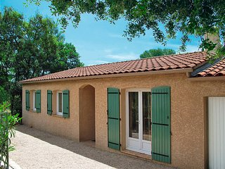 3 bedroom Villa in Le Cannet-des-Maures, Provence-Alpes-Cote d'Azur, France : re