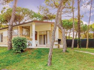 3 bedroom Villa in Lignano Pineta, Friuli Venezia Giulia, Italy : ref 5550808