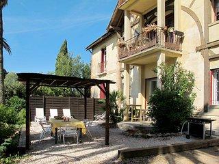2 bedroom Apartment in Hyères, Provence-Alpes-Côte d'Azur, France : ref 5436002