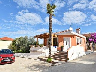 1 bedroom Villa in Sutomiscica, Zadarska Zupanija, Croatia : ref 5519575