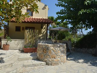 Kalyves, Chania; Astralis Cottages, Helios