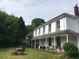 Grade II listed Georgian Manor House - private garden, shared facilities