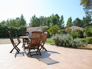 Rental Villa La Tranche-sur-Mer, 3 bedrooms, 6 persons