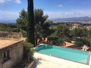 Rental Villa Six-Fours-les-Plages, 3 bedrooms, 10 persons