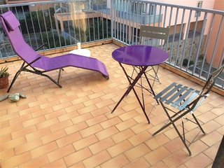 Appartement F2 avec terrasse et parking
