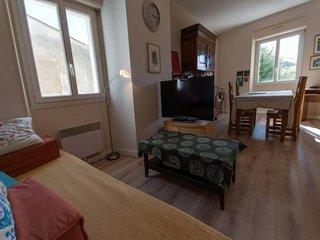 Appartement  dans le bourg de Palais et à 5 mn à pied de la plage de Ramonette